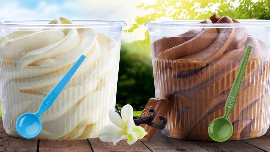 Zwei Softeis-Becher von HEXEN-Eis