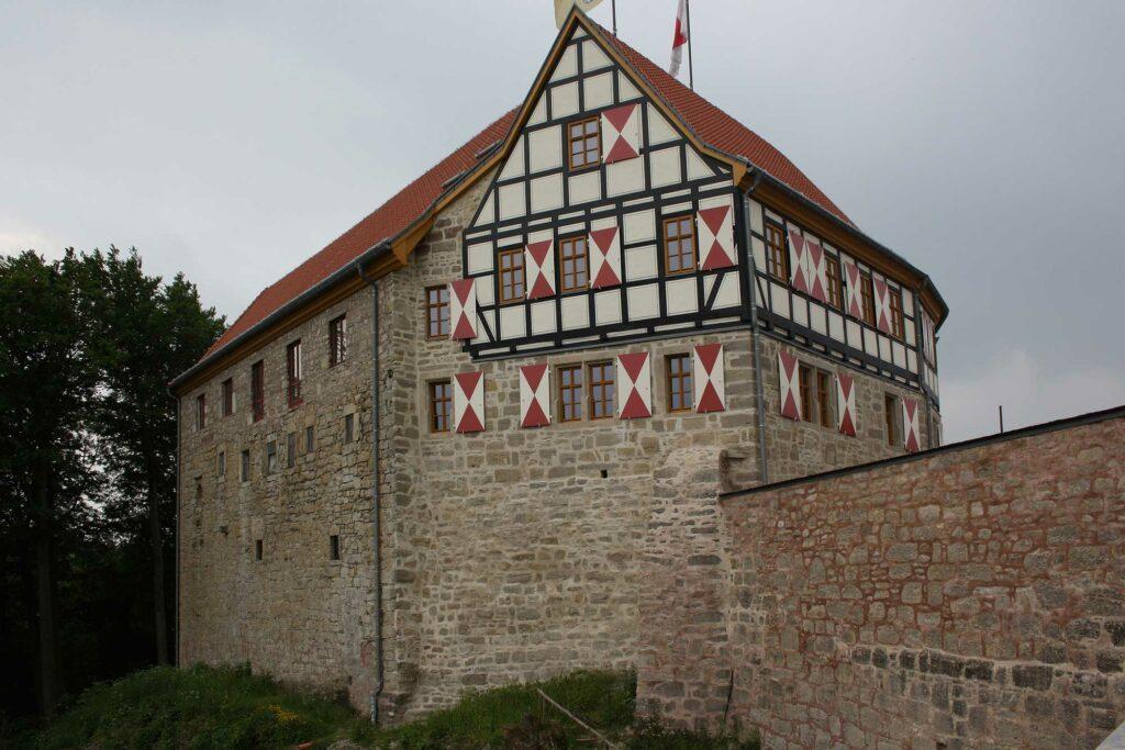 Gebäude der Whiskywelt Burg Scharfenstein