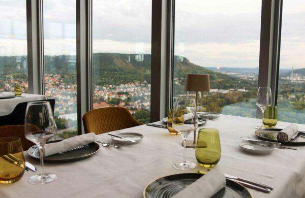Ein gedeckter Tisch im Jenaer Restaurant Scala